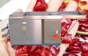 Rotary Blade Dry Chili Cutting Machine